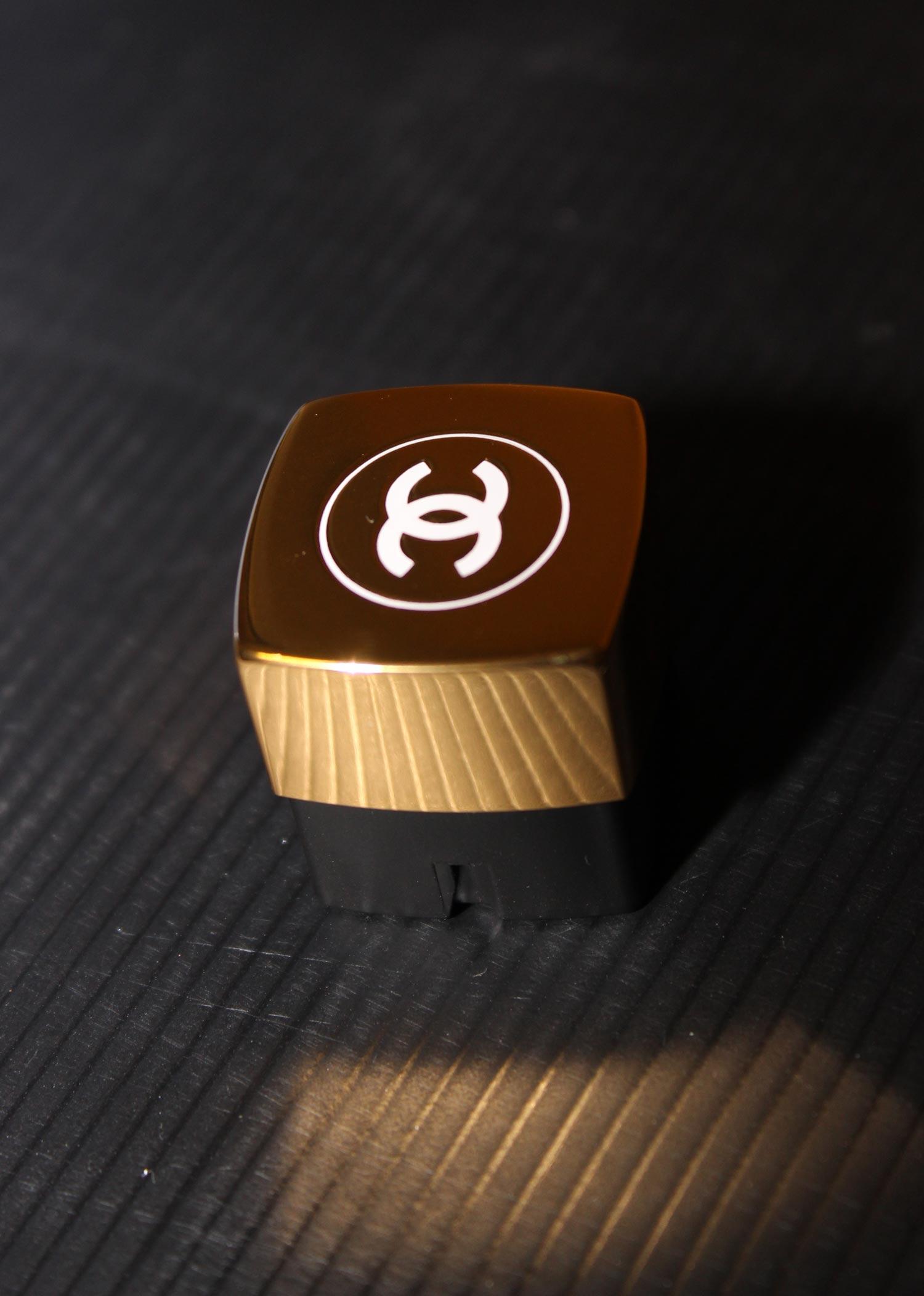 collage-bi-composant-bouton-poussoir-01